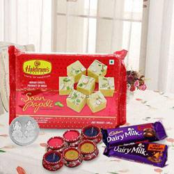 Exotic Gift Combo of Attractive Treats