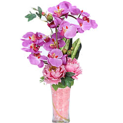 Charming Synthetic Roses n Orchids display in a Glass Vase