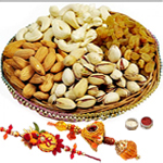 Fashionable Bhaiya Bhabhi Rakhi Along With Mix Dry Fruits