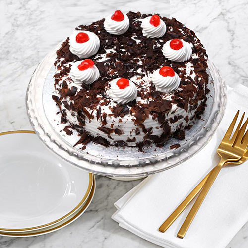 Book Online Black Forest Cake from Taj or 5 Star Hotel Bakery