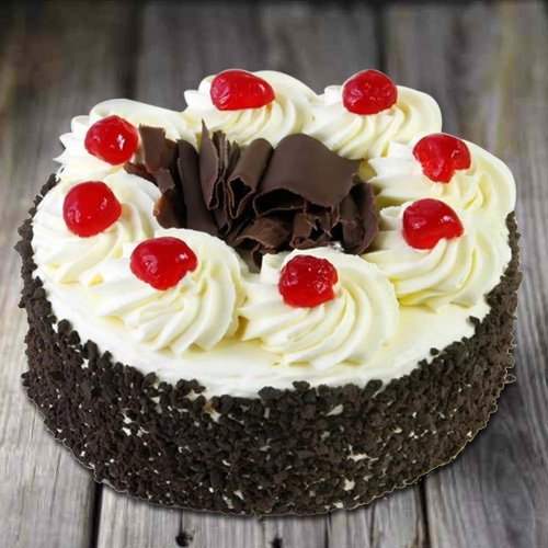 Shop Online Black Forest Cake from 3/4 Star Bakery