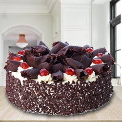 Gratifying 2.2 Lbs Black Forest Cake from 3/4 Star Bakery