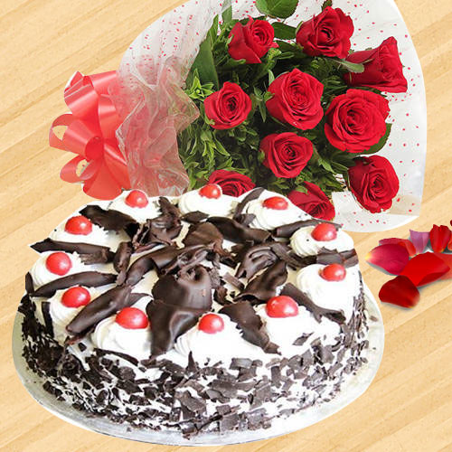 Deliver Combo of Red Roses Bouquet N Black Forest Cake Online