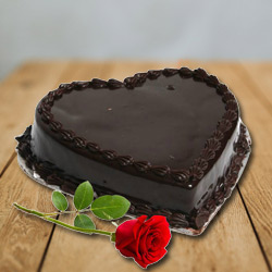Mouth-Watering Heart Shape Dark Chocolate Cake with Red Rose