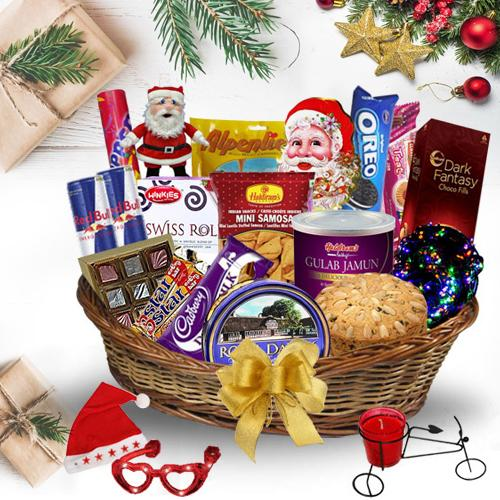 Sumptuous Awaiting Christmas Gift Hamper<br>