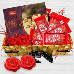 Entertaining Happiness All Around Diwali Gift Hamper