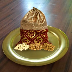 Showy Golden Plated Thali with Delicious Mixed Dry Fruits