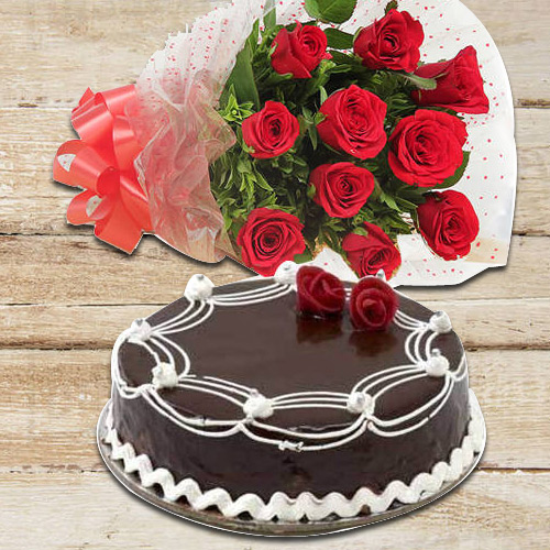 Book Online Red Roses Bunch with Chocolate Cake