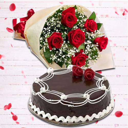 Send Red Roses Bunch with Chocolate Cake Online