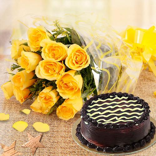 Yellow Rose Bouquet N Chocolate Cake