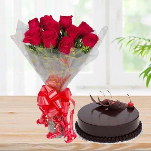 Online Order Combo of Chocolate Cake n Red Roses Bouquet
