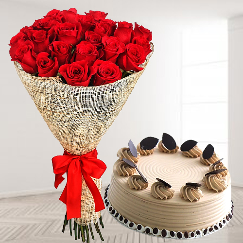 Send Red Roses Arrangement N Coffee Cake Online
