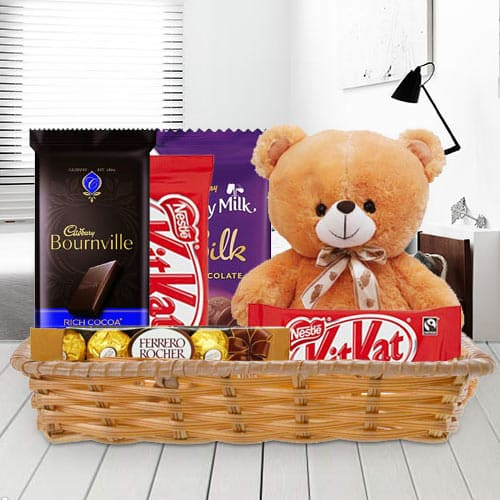 Online Gift Basket of Delightful Chocolates with Teddy