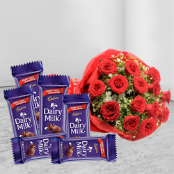 Delightful Combo of Chocolates N Fresh Red Roses