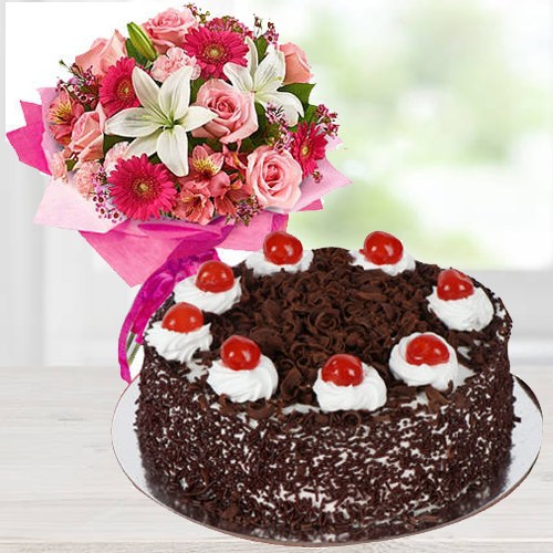 Online Deliver Mixed Flowers Arrangement with Black Forest Cake