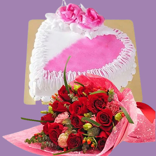 Send Red Roses Bouquet with Hearth Shaped Cake Online