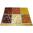 Savor�s Greet Dry Fruits and Chocolate Tray