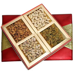 Nutty Dry Fruits Gift Box