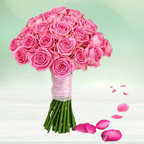 Gift of Pink Roses Bunch