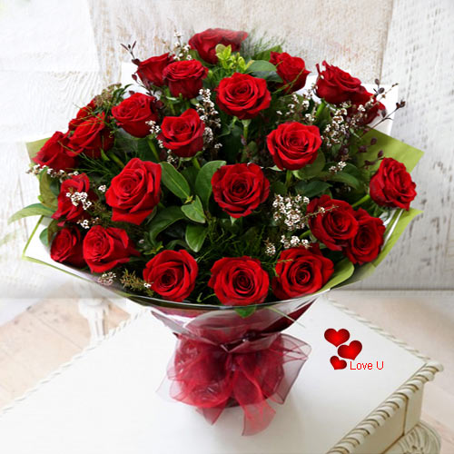 Buy Hand Bunch of Dutch Roses Online