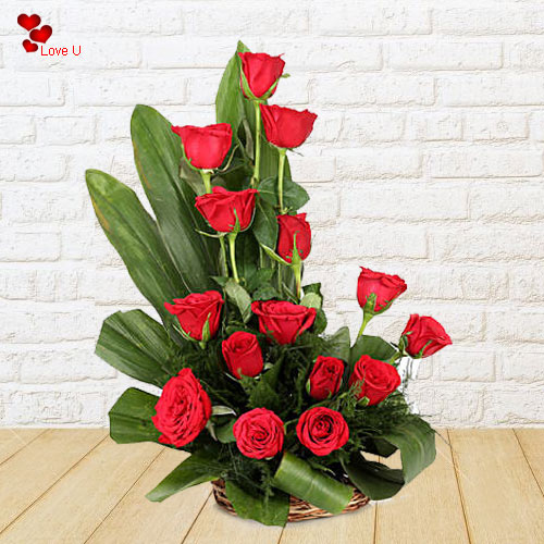 Deliver V-day Gift of Dutch Roses Basket