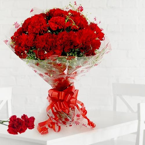 Mothers Day Red Carnations Bouquet to India