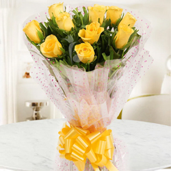 Touching 10 Yellow Roses of Friendship