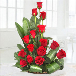 Special Premium Arrangement of 15 Roses in Red Colour<br>