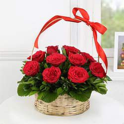 Wonderful Marriage Anniversary  Arrangement of Red Roses