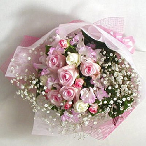 Beautiful Pink N White Roses Bouquet