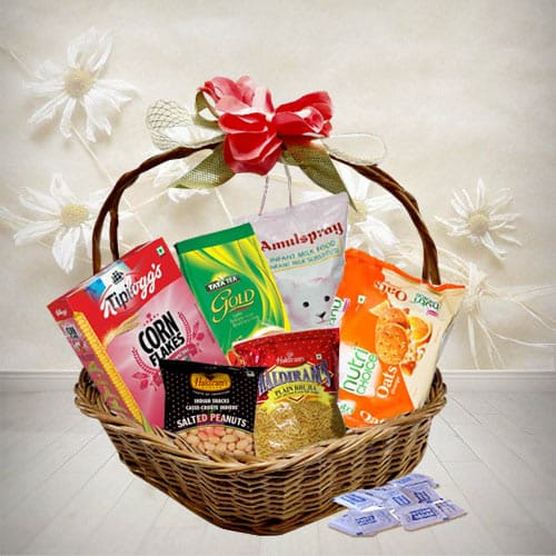 Extraordinary Food Basket Love Gift Hamper<br>