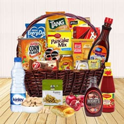 Heavenly Tasting Club Mixed Assortments English Breakfast Hamper