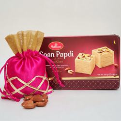 Luscious Soan Papdi Pack with Nutty Almonds