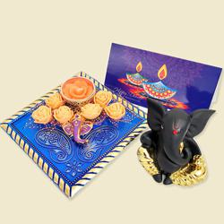 Divine Combo of Moulded Ganesha with Ganesha Candle N Card